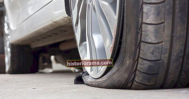 Πώς να στερεώσετε ένα επίπεδο ελαστικό στο αυτοκίνητό σας