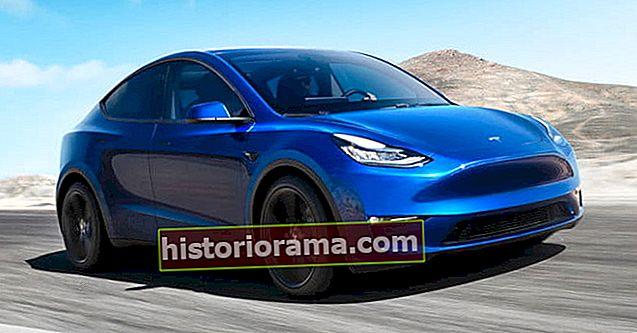 Η Tesla διδάσκει τα αυτοκίνητά της να μιλούν με πεζούς με βρετανική προφορά