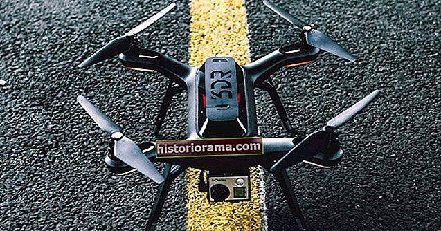 Jak zaregistrovat dron na FAA