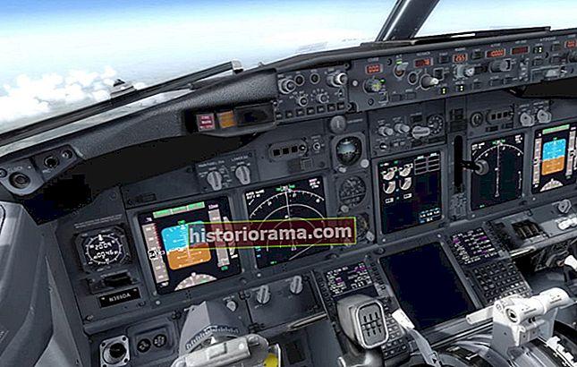 """""""Může kdokoli letět letadlem?"""" Fandící pilot ukazuje, jak můžete v případě nouze přistát s proudovým letounem"""