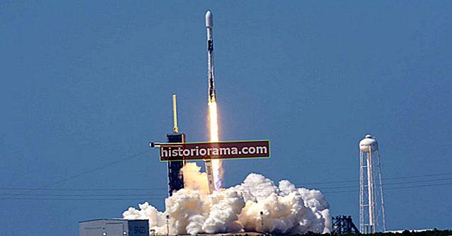 SpaceX запускає сьогодні ще одну ракету: Ось як спостерігати за запуском Starlink