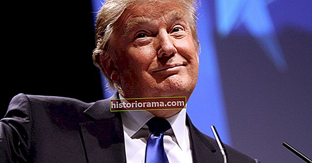 """Дональд Трамп створює фільтр Snapchat """"Крива Хіларі"""", але чи спрацює він?"""