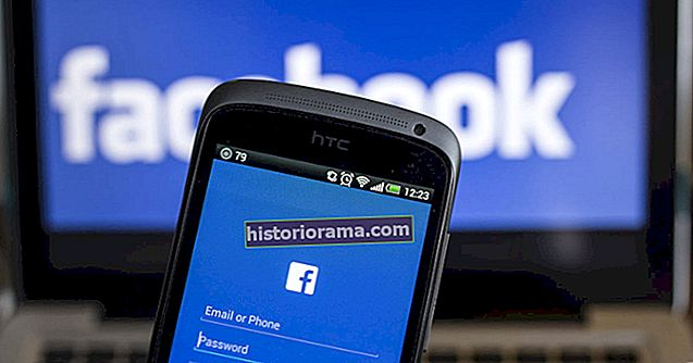 "Facebook ukončí ticker, ""creeper feed"" každé interakce"